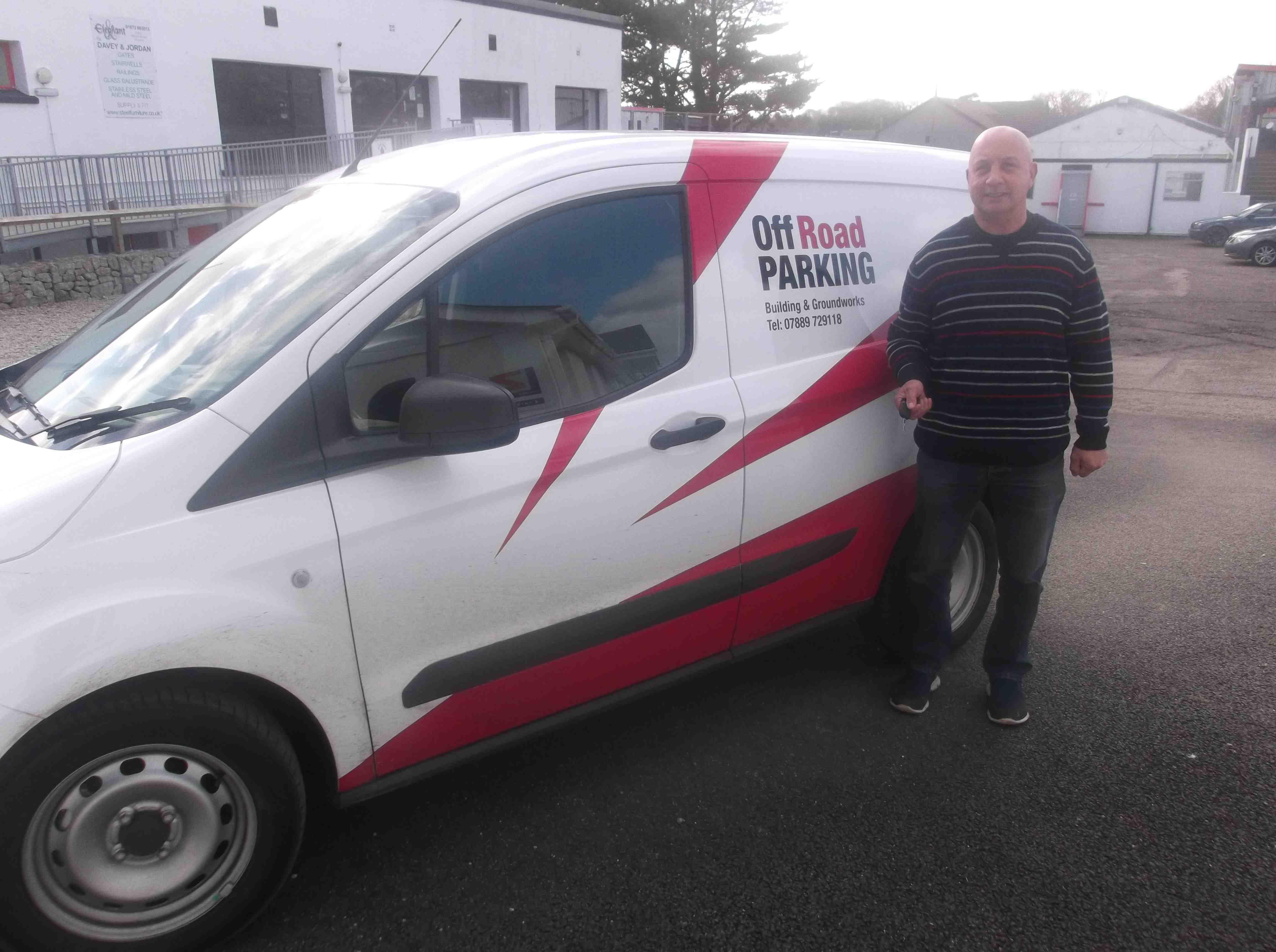 Trustford Raises 7 000 For Cancer Research Uk On Ebay Motor Trade News