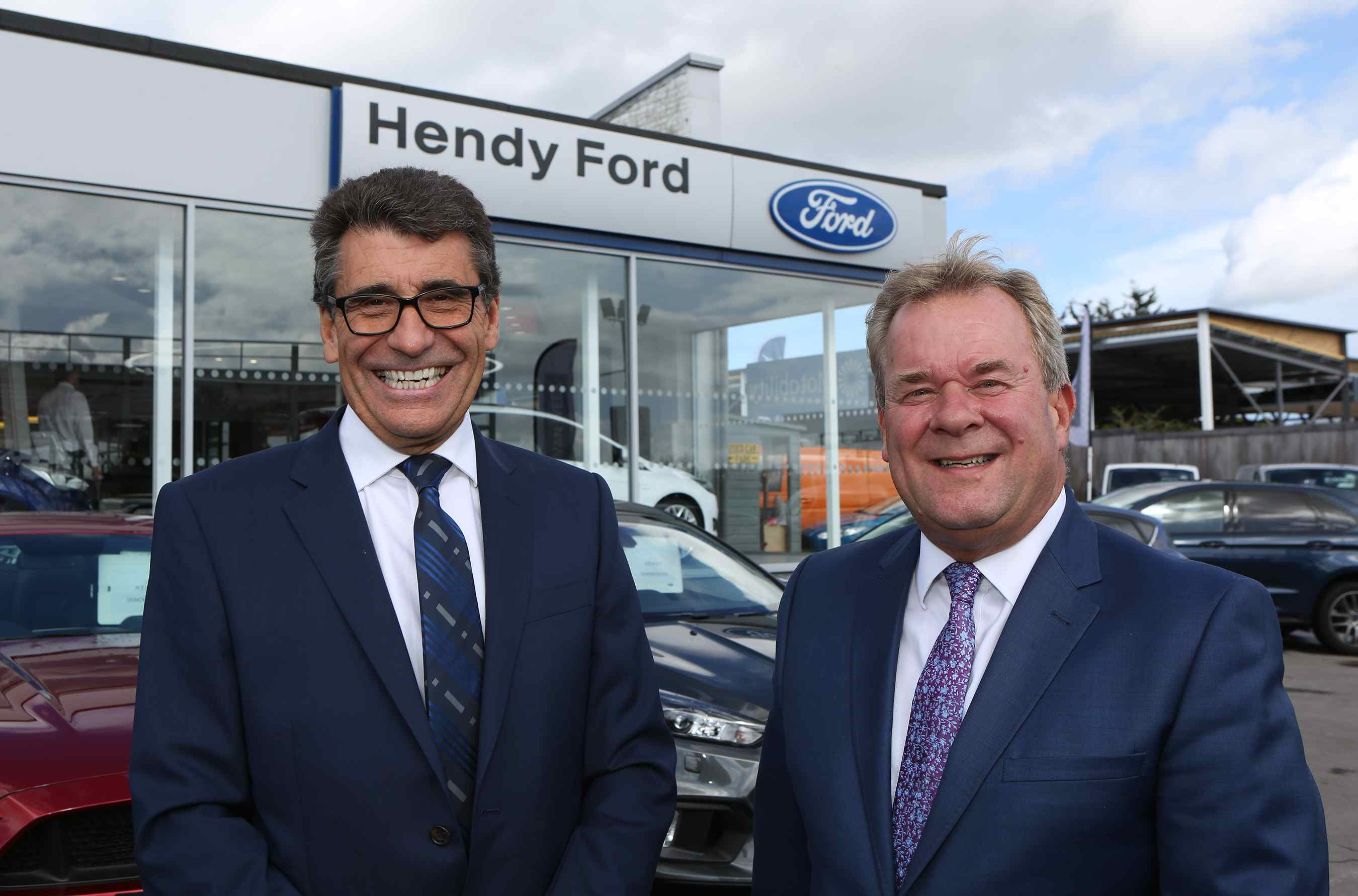 Hendy FordStore