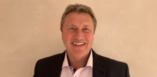 lookers creates new business development director role to drive ev strategy