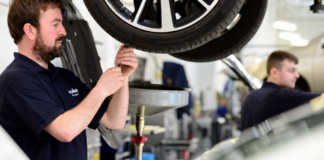 lookers launches major drive to recruit 100 technicians in uk and ireland 02